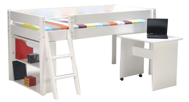 Un lit et bureau coulissant sont très apréciable pour gagner de l'espace dans la chambre de votre enfant